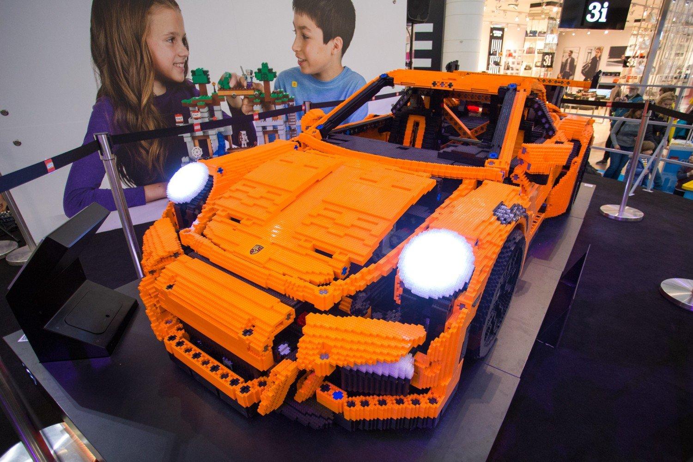 Wielkie Porsche Z Lego W Warszawie Zobacz Niesamowitą Budowlę