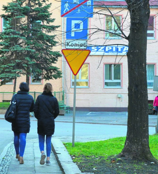 Szpital im. Jana Pawła Ii w Paczkowie jest zamiejscowym oddziałem ZOZ w Nysie. Składa się z 2 oddziałów.