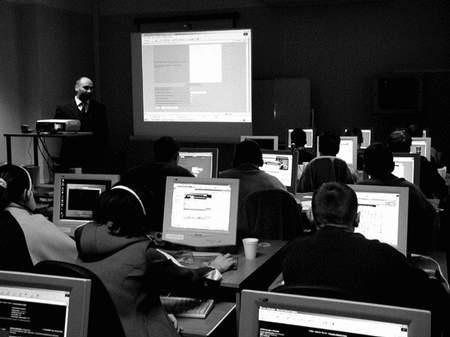 Seminaria dotyczące nowych technologii cieszą się dużym zainteresowaniem. Foto: JAKUB MORKOWSKI
