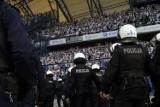 Poznań: Po zadymie na meczu Lech - Legia policja zatrzymała kolejnych chuliganów [NOWE FAKTY]