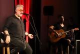 """Koncert """"IRA the best of akustycznie"""" w Radomiu. Legenda rocka wykonała największe przeboje (ZDJĘCIA)"""