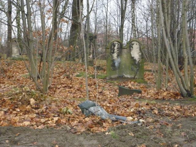 Cmentarz żydowski w Żorach: Zmienia się nekropolia na Kleszczówce