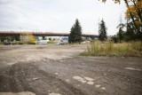 Tereny po motelu Krak kupi od gminy deweloper budujący obok ogromne osiedle!