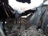Mieszkańcy kamienicy bez dachu nad głową. Straty sięgają 50 tys. zł [FOTO]