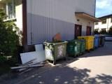 Śmieci, Warszawa. Statystyczny mieszkaniec produkuje 281 kg śmieci rocznie. Rośnie liczba dzikich wysypisk