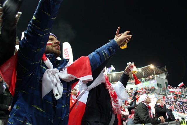 Puchar Świata w Wiśle: w sobotę 17 listopada 2018 Polska w świetnym stylu wygrywa konkurs drużynowy!
