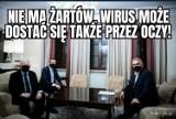 Jarosław Kaczyński ma wyjątkową maseczkę na Covid MEMY Sensacyjne zdjęcie prezesa PiS wyznacza nowy trend?