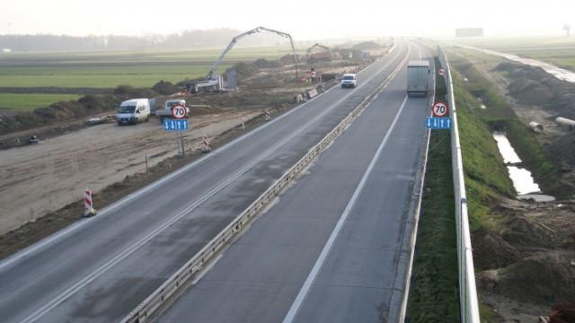 2-3 marca 2021: Utrudnienia na A1 między Piotrkowem a Tuszynem. Wykonawca będzie odnawiał oznakowanie poziome