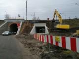 Przebudowa wiaduktów Chodzieży: Kiedy zakończą się prace? Samorządy nie wiedzą, PKP podają nowy termin