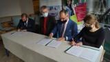 Szkoła w Piechcinie: Tu będą uczyć zawodu AUTOMATYK. Dzięki Lafarge i Elgra Engineering powstaje klasa patronacka