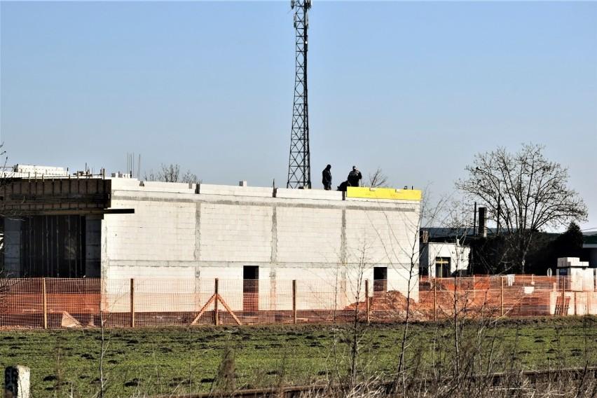 Zbąszyń. Trwa budowa remizy strażackiej i Centrum Zarządzania Kryzysowego. Byliśmy na budowie ! - 3 marca 2021 [Zdjęcia]
