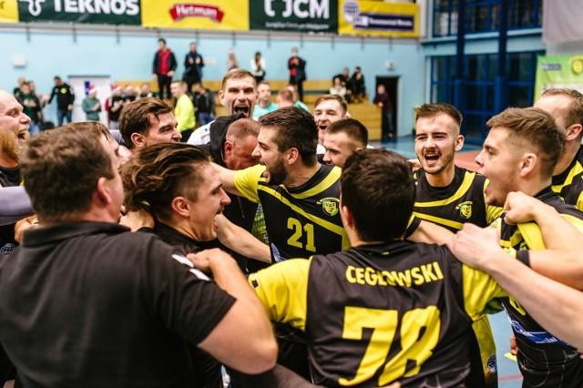 Viret CMC Zawiercie zwyciężył w Kielcach.