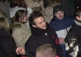 """""""Mamy cię"""", czyli młody Mateusz Mijal na kliszy naszego fotoreportera. Witał Nowy Rok na jasielskim rynku [ZDJĘCIA]"""