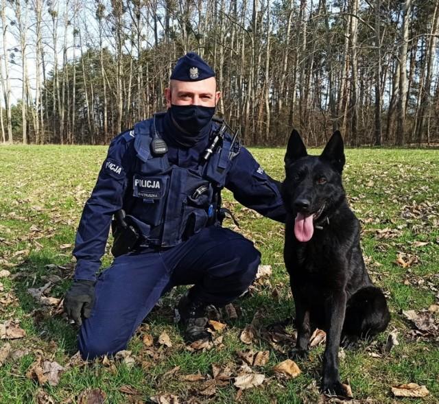 Otel i jego przewodnik Grzegorz Pietruszka rozpoczęli właśnie wspólną służbę w strzeleckiej komendzie.