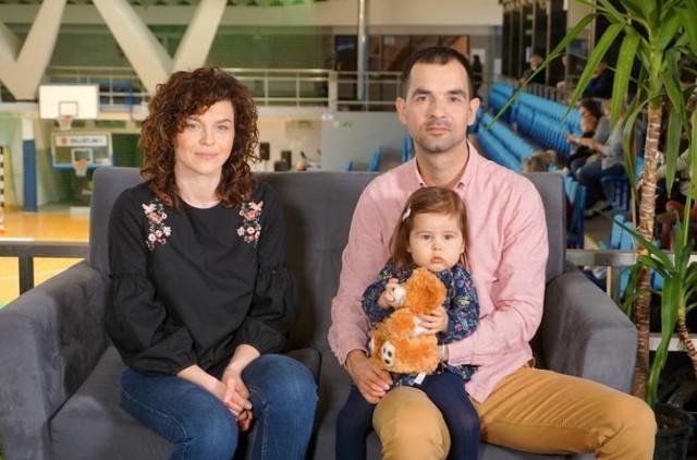 Nina z rodzicami, Jolantą i Tomaszem