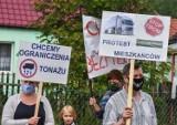 Gm. Obrzycko. Mieszkańcy i mieszkanki Zielonejgóry zablokowali drogę. Dlaczego? [ZDJĘCIA]