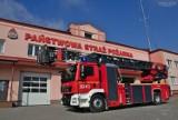 Chełm. Nowoczesny samochód z drabiną mechaniczną w chełmskiej straży pożarnej za blisko 2,5 mln złotych. Zobacz zdjęcia