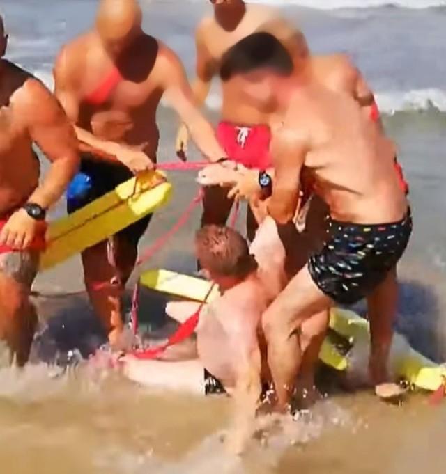Pijany mieszkaniec województwa śląskiego szarpał się z ratownikami