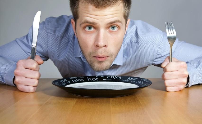 Ochota na słodycze pojawia się często, gdy dieta:• nie...