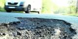 Które drogi powiatowe mają szansę na remont? Starostwo wnioskuje o środki z rządowego programu
