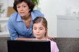 Laptopy, tablety i internet dla uczniów i nauczycieli za darmo. Są pieniądze z ministerstwa