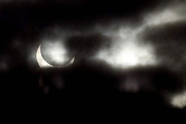 Pierwszą okazję do obserwację nieba będziemy mieli już 20 marca. W całej Polsce zaobserwujemy częściowe zaćmienie Słońca.