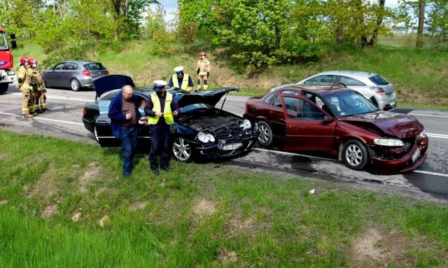 Wypadek niedaleko Jeziorek na drodze krajowej 22 między Chojnicami a Czerskiem