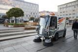Katowice kupiły pierwszą elektryczną zamiatarkę. W listopadzie będą miały śmieciarkę na gaz ZDJĘCIA
