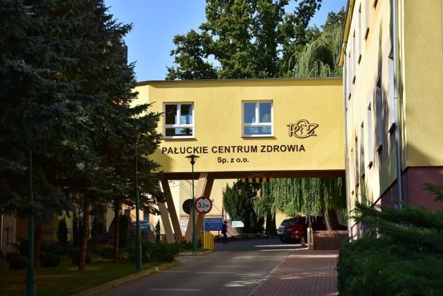 Oddział wewnętrzny w Pałuckim Centrum Zdrowia znów jest zamknięty. Brakuje personelu. Lekarze zachorowali.
