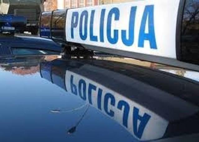 Policjanci wyjaśniają okoliczności kolizji
