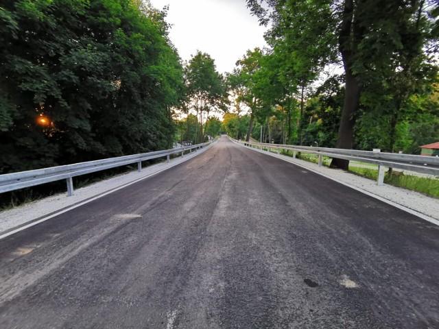 Droga Sieraków – Grobia – Kwilcz jest już przejezdna dla mieszkańców jak i dla ruchu tranzytowego.