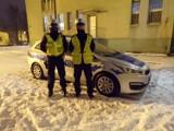 Pabianice. Na ul. Smugowej w Pabianicach policjanci z drogówki reanimowali 70-latka