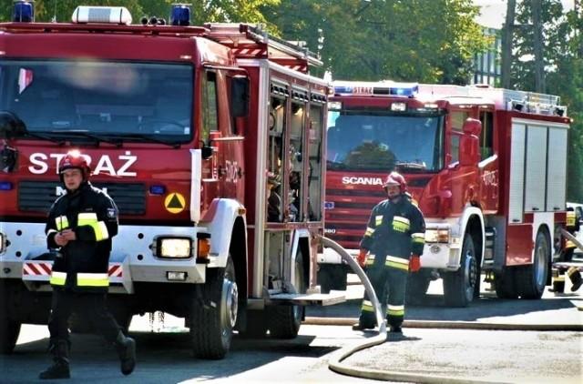 Strażacy i druhowie muszą dysponować odpowiednim sprzętem w tym mi.in. nowoczesnymi samochodami