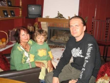 - Można powiedzieć, że drugi raz urodziłam syna, bo dałam mu cząstkę siebie - podkreśla Helena Żyto z Jutrosina. Na zdjęciu z synem Maciejem, dwukrotnym mistrzem Polski - FOT. STANISŁAW KOŚMIDER