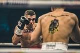 """Bokser z Redy przygotowuje się do kolejnej zawodowej walki. Kaczmarkiewicz: """"Mistrzostwo świata, to jest mój cel"""" [ROZMOWA]"""
