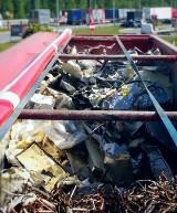 Te śmieci jechały z Niemiec do Polski. Celnicy przechwycili transport aż 16 ton odpadów