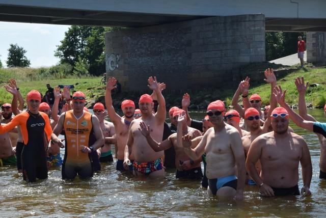 Maraton Pływacki Między Mostami Sieradza i pikinik motocyklowy