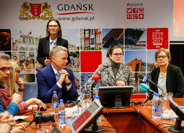 Konferencja prasowa ws. dodatkowego głosowania na projekty Budżetu Obywatelskiego w Gdańsku [11.12.2017]