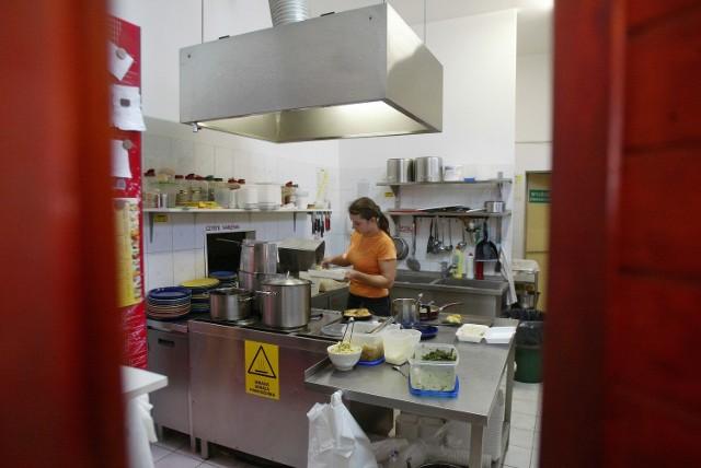 Sanepid kontroluje także lokale gastronomiczne
