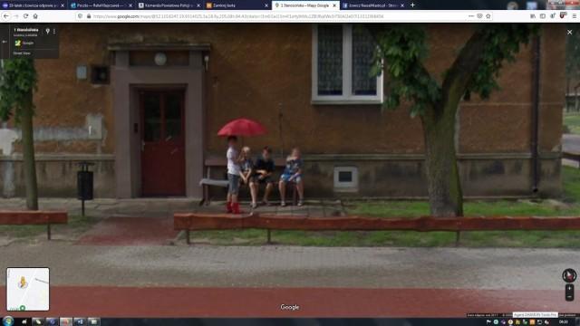 Mieszkańcy osiedla Kostka w Łowiczu na Google Street View. Kogo złapała kamera?