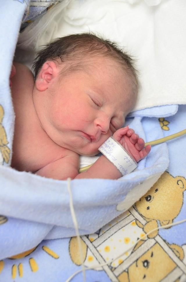 Martyna urodziła się w ósmym miesiącu ciąży.
