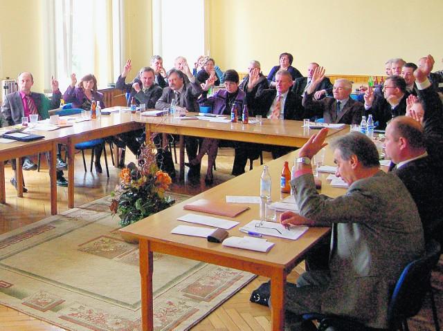 Z 21 radnych aż 20 głosowało za wnioskiem o absolutorium