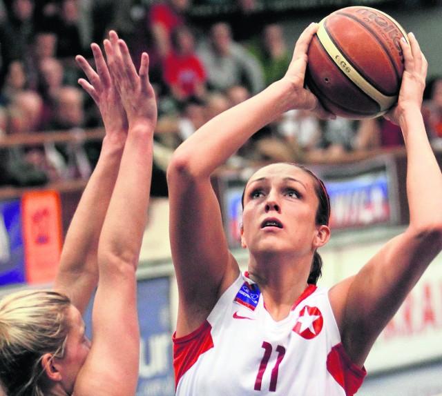 """Ewelina Kobryn kolejny sezon w drużynie """"Białej Gwiazdy"""""""
