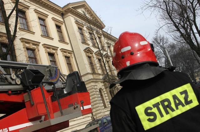 Pabianice: spłonęło mieszkanie przy ul. Okulickiego
