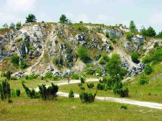 Malowniczy kamieniołom w Kielnikach pod Olsztynem