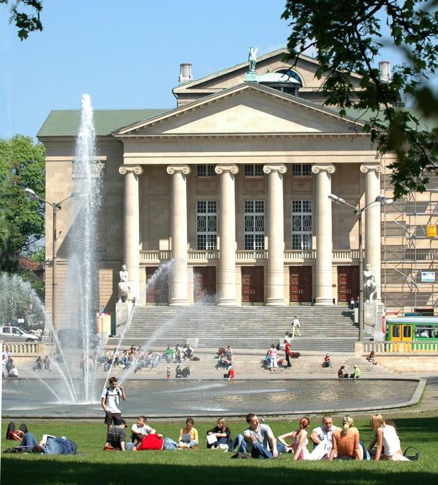 Teatr Wielki w Poznaniu - jedna kobieta i siedmiu mężczyzn ubiegać się o będzie fotel dyrektora
