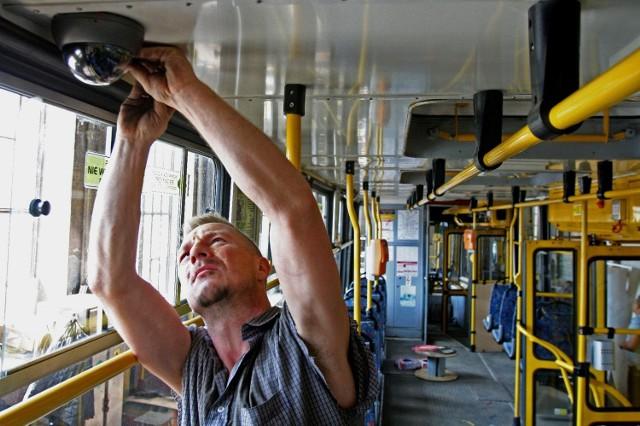 System monitoringu w autobusach i tramwajach już działa