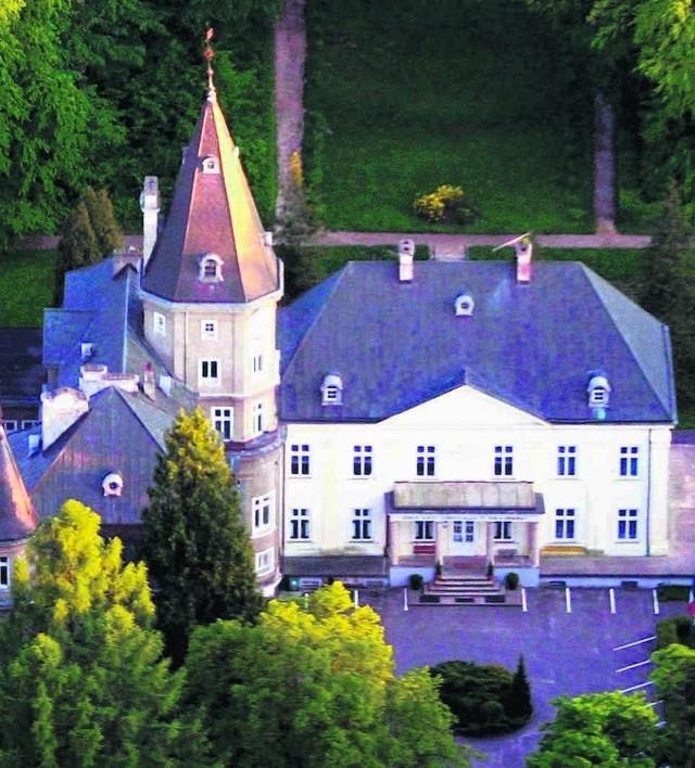 Historia zabytkowego pałacu w Warcinie sięga XVII wieku