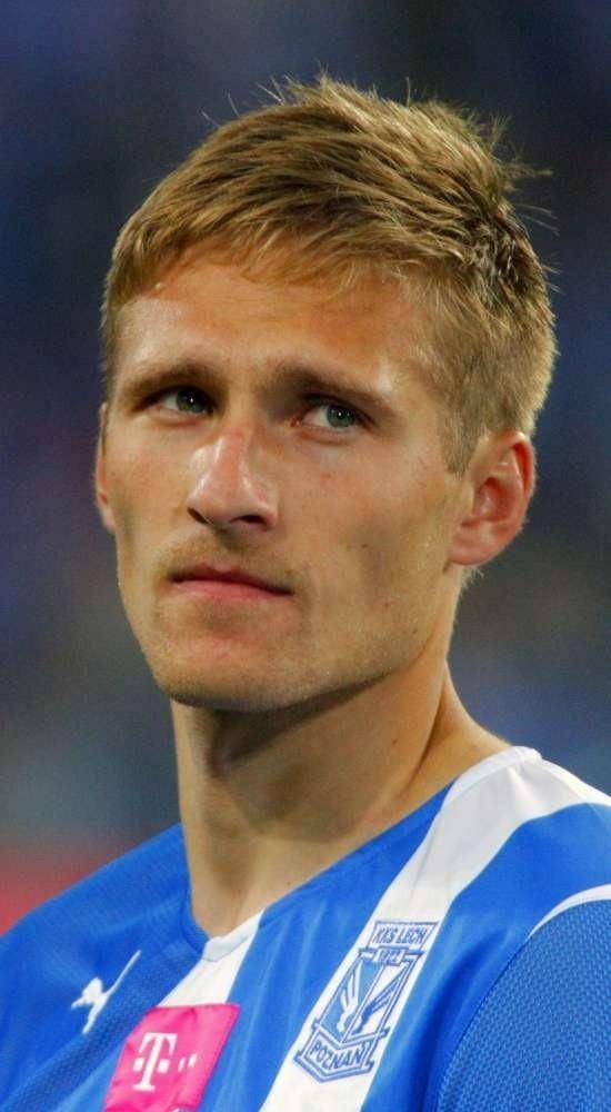 Aż przez trzy miesiące pauzować będzie Siergiej Kriwiec. Pomocnik Lecha Poznań doznał kontuzji barku