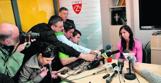 Komisja PZN przesłuchiwała Kornelię Marek przez ponad godzinę, dziennikarze nieco krócej